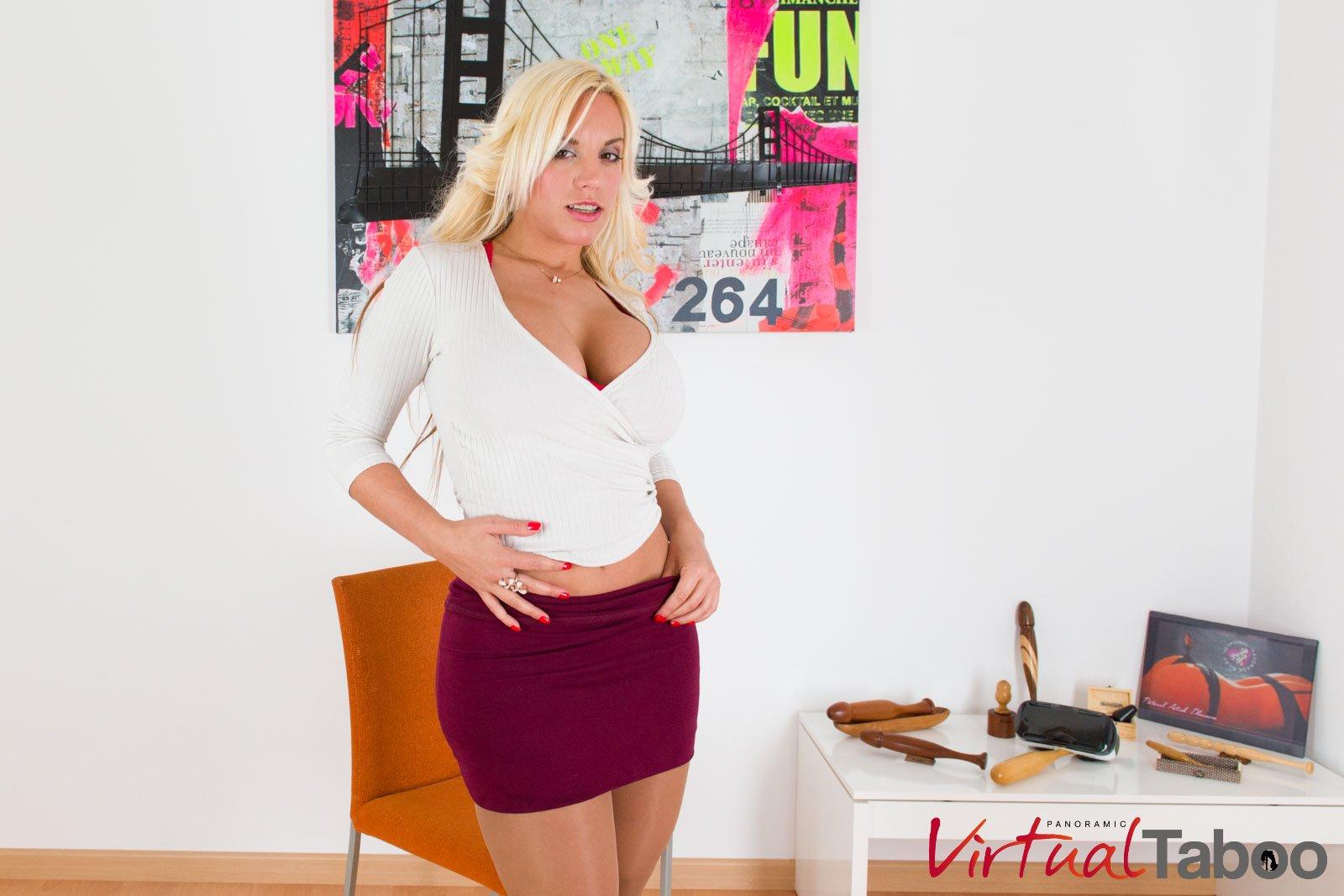 Blondie Fesser bandes pour vous! Films Pornos Réalité Virtuelle